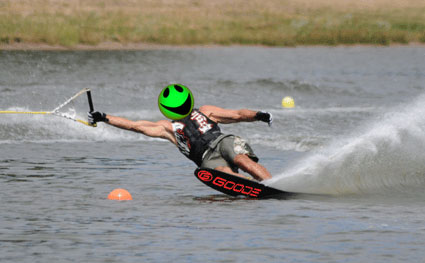 bud_waterski